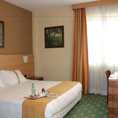 Отель Holiday Inn Rome Aurelia 4* Номер Делюкс с различными типами кроватей