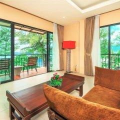 Отель Baan Laimai Beach Resort 4* Номер Делюкс разные типы кроватей фото 19