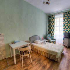 Viktorija Hotel 3* Стандартный семейный номер с двуспальной кроватью