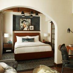 Hotel Figueroa Downtown Los Angeles 4* Люкс с различными типами кроватей