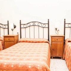 Отель Pensión La Montoreña 2* Стандартный номер с различными типами кроватей
