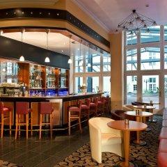 Отель Wyndham Garden Berlin Mitte гостиничный бар