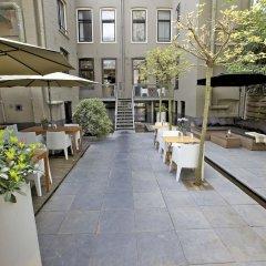 Отель Catalonia Vondel Amsterdam двор