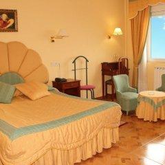 Hotel Avenida III 2* Люкс с различными типами кроватей