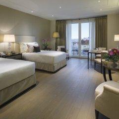 Palazzo Parigi Hotel & Grand Spa Milano 5* Номер Делюкс с двуспальной кроватью