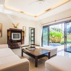 Отель Two Villas Holiday Oriental Style Layan Beach гостиная фото 4