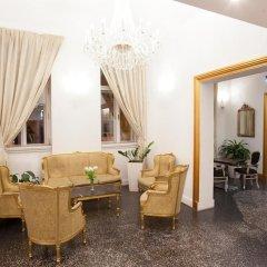 Отель Assenzio гостиничный бар