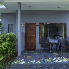 Отель Again at Naiharn Beach Resort терраса/патио фото 2