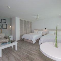Отель Oleo Cancun Playa All Inclusive Boutique Resort 4* Улучшенный номер с различными типами кроватей