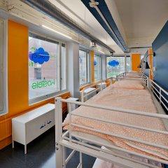 Отель CheapSleep Helsinki душевая кабина