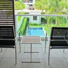 Отель Two Villas Holiday Oxygen Style Bangtao Beach балкон фото 2