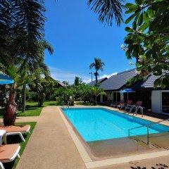 Phuket Airport Hotel открытый бассейн фото 2