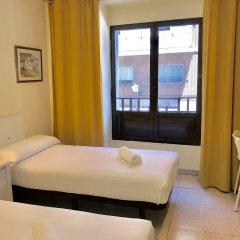 Отель Hostal Arriaza Стандартный номер