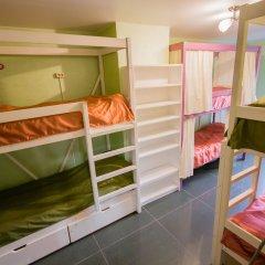 Хостел Рациональ Пятницкое Кровать в женском общем номере с двухъярусной кроватью