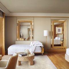 Отель The Ritz-Carlton, Millenia Singapore 5* Номер Grand Kallang с двуспальной кроватью