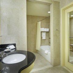 Отель Waldorf Astoria New York Нью-Йорк ванная фото 4