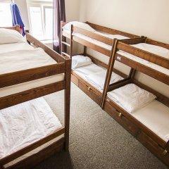 Brix Hostel Кровать в женском общем номере с двухъярусной кроватью