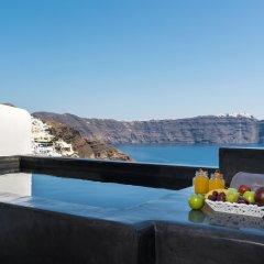 Отель Andronis Luxury Suites 5* Улучшенный люкс с различными типами кроватей