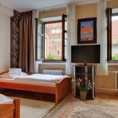 Отель Dom Aktora 3* Апартаменты с различными типами кроватей