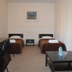 Гостиница Авиалюкс комната для гостей фото 4