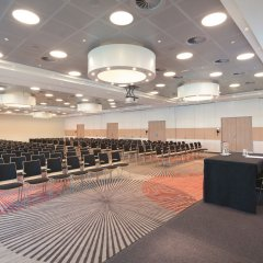 Movenpick Hotel Amsterdam City Centre конференц-зал
