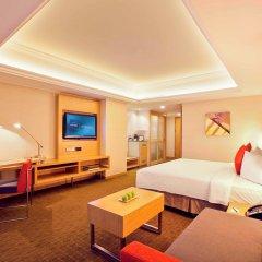 Отель Novotel Singapore Clarke Quay 4* Представительский номер с различными типами кроватей