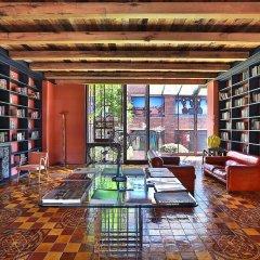 Отель Rooms Tbilisi библиотека