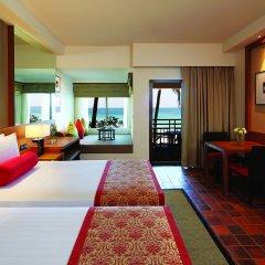 Отель Outrigger Laguna Phuket Beach Resort 5* Номер Делюкс с различными типами кроватей