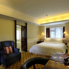 Crowne Plaza Hotel & Suites Landmark 5* Номер Премьер