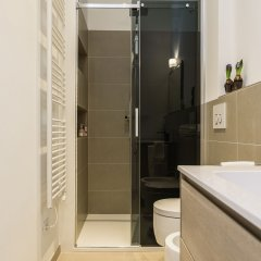 Апартаменты Hintown Apartments Montenapoleone Милан ванная