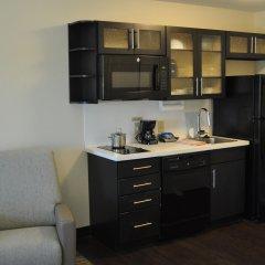Отель Candlewood Suites Bay City 2* Стандартный номер с различными типами кроватей
