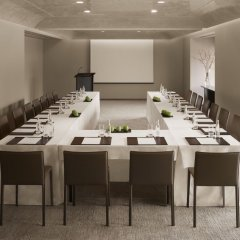 Отель Hyatt Centric Levent Istanbul конференц-зал