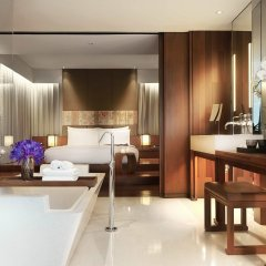 Отель Hansar Bangkok 5* Люкс с различными типами кроватей