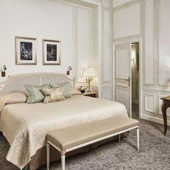 Отель Le Meurice 5* Представительский номер с различными типами кроватей