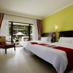 Отель Centara Kata Resort Phuket 4* Семейный номер Делюкс с двуспальной кроватью