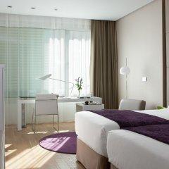 Отель NH Collection Madrid Eurobuilding 4* Улучшенный номер с различными типами кроватей