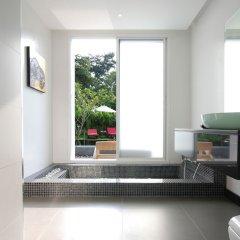 Отель Ananta Thai Pool Villas Resort Phuket ванная фото 4