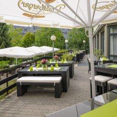 Mercure Hotel Frankfurt Airport столовая на открытом воздухе