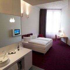 Отель Wyndham Garden Berlin Mitte 4* Улучшенный номер с различными типами кроватей фото 5