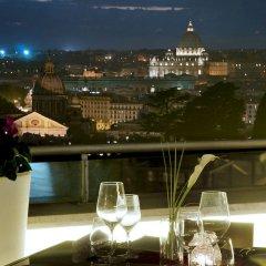 Отель Sofitel Rome Villa Borghese столовая на открытом воздухе фото 2