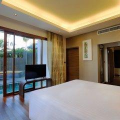 Отель Novotel Phuket Karon Beach Resort & Spa 4* Люкс фото 2