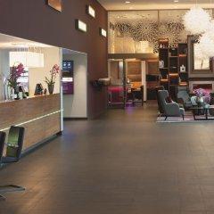 Movenpick Hotel Amsterdam City Centre лобби лаундж