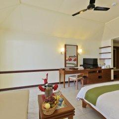 Отель Paradise Island Resort & Spa 4* Улучшенное бунгало с различными типами кроватей фото 3