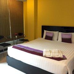 Отель PJ Patong Resortel комната для гостей фото 13