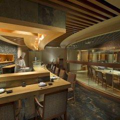 Отель Conrad Bangkok Таиланд, Бангкок - отзывы, цены и фото номеров - забронировать отель Conrad Bangkok онлайн ресторан
