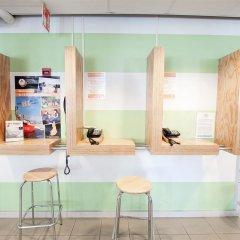 Отель Eurohostel - Helsinki вестибюль фото 2