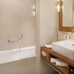 Отель Meliá Berlin ванная фото 3