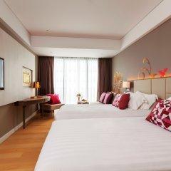 Отель Grand Mercure Phuket Patong 5* Улучшенный номер с 2 отдельными кроватями