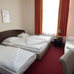 Novum Hotel Eleazar City Center 3* Стандартный семейный номер разные типы кроватей