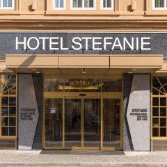 Hotel Stefanie вход в здание